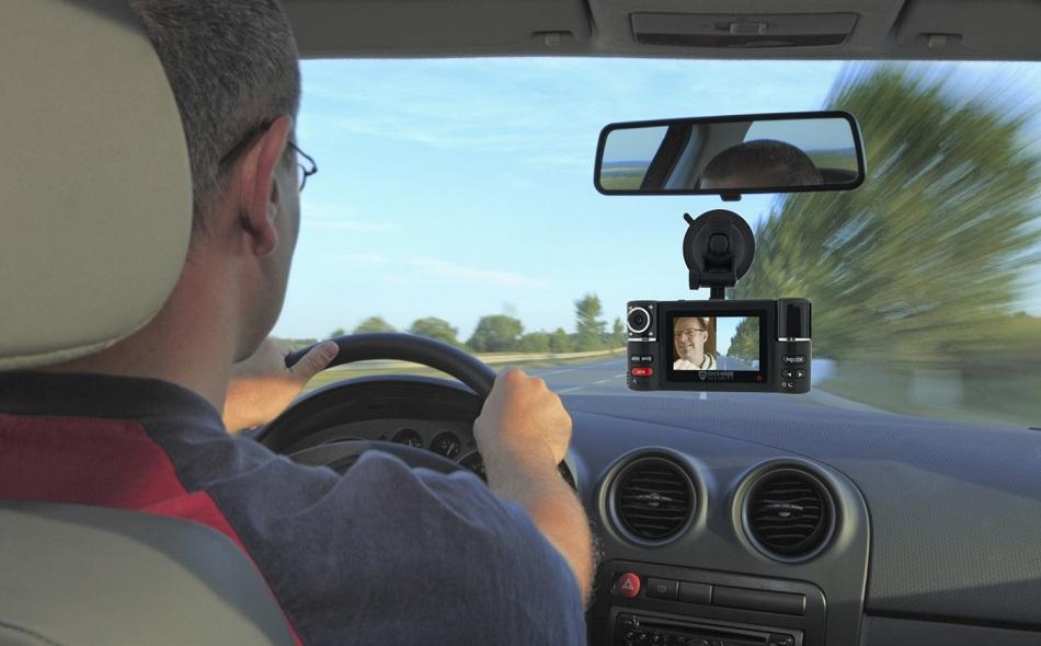 Camera giám sát hành trình dành cho xe ô tô